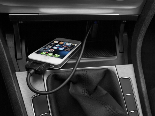 2016 Volkswagen Golf Prices and Values Hatchback 2D I4 Turbo iPhone Interface