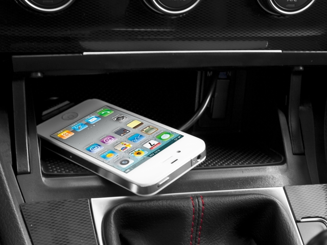 2016 Volkswagen Golf GTI Prices and Values Hatchback 2D SE I4 Turbo iPhone Interface