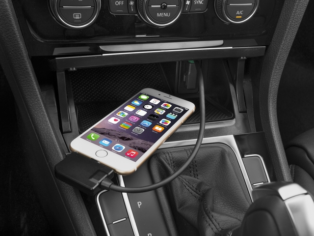 2016 Volkswagen Golf SportWagen Prices and Values Wagon 4D Limited I4 Turbo iPhone Interface