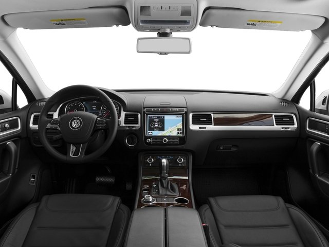 2016 Volkswagen Touareg Pictures Touareg Utility 4D Executive AWD V6 photos full dashboard