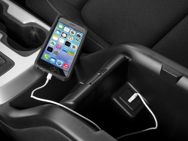 2017 Chevrolet Colorado Base Price 2WD Ext Cab 128.3 LT Pricing iPhone Interface