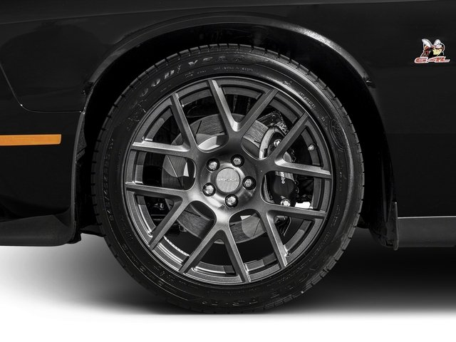 2017 Dodge Challenger Pictures Challenger 392 Hemi Scat Pack Shaker Coupe photos wheel