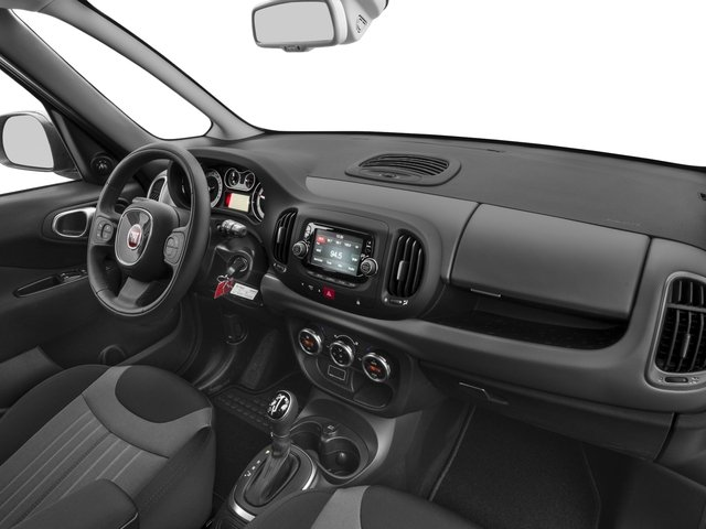 2017 FIAT 500L Pictures 500L Pop Hatch photos passenger's dashboard