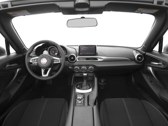 2017 FIAT 124 Spider Pictures 124 Spider Convertible 2D Classica I4 Turbo photos full dashboard
