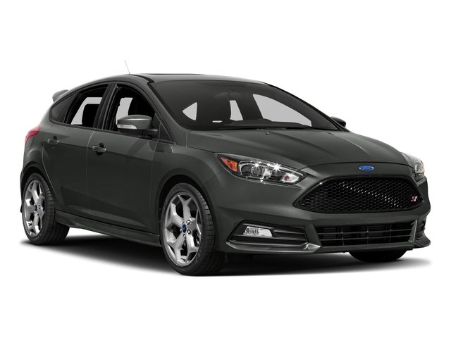 2017 Ford Focus Pictures Focus Hatchback 5D ST I4 Turbo photos side front view
