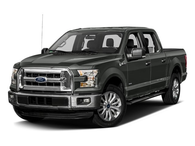 2017 Ford F-150 Pictures F-150 Crew Cab XLT 2WD photos side front view