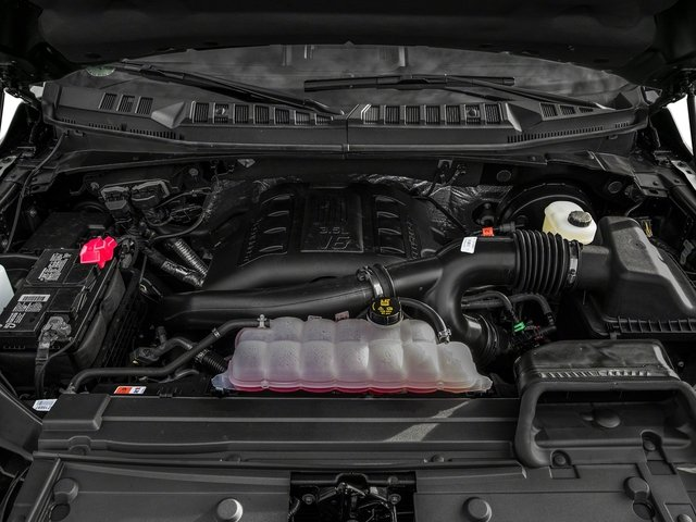 2017 Ford F-150 Pictures F-150 Crew Cab XLT 2WD photos engine