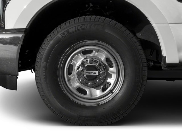 2017 Ford Super Duty F-350 SRW Prices and Values Crew Cab XL 2WD wheel
