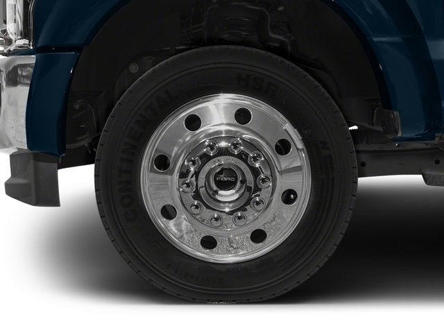 2017 Ford Super Duty F-450 DRW Pictures Super Duty F-450 DRW Crew Cab Lariat 4WD T-Diesel photos wheel