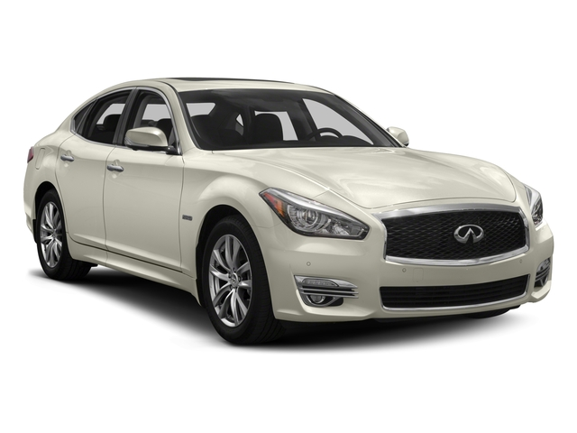 2017 INFINITI Q70 Hybrid Prices and Values Sedan 4D V6 Hybrid side front view