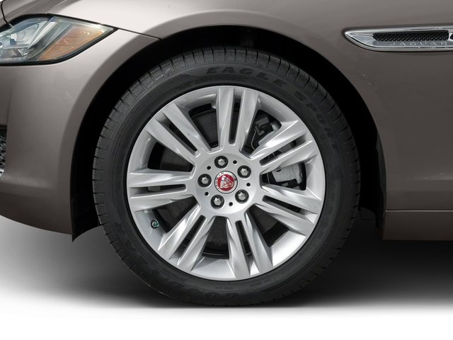 2017 Jaguar XF Pictures XF Sedan 4D 35t Premium V6 Supercharged photos wheel