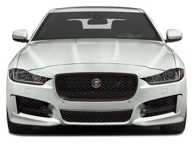 2017 Jaguar XE Pictures XE Sedan 4D 25t I4 Turbo photos front view