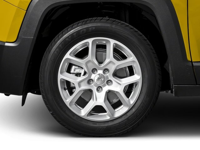 2017 Jeep Renegade Pictures Renegade Altitude 4x4 photos wheel