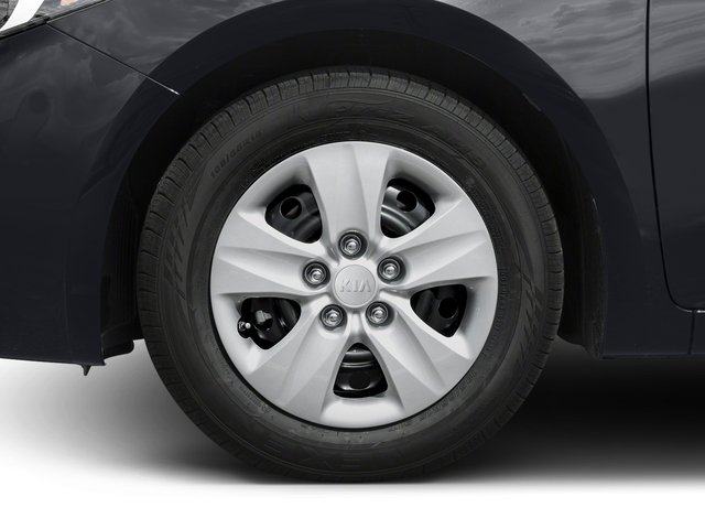 2017 Kia Forte Pictures Forte EX Auto photos wheel