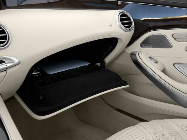 2017 Mercedes-Benz S-Class Pictures S-Class 2 Door Coupe photos glove box