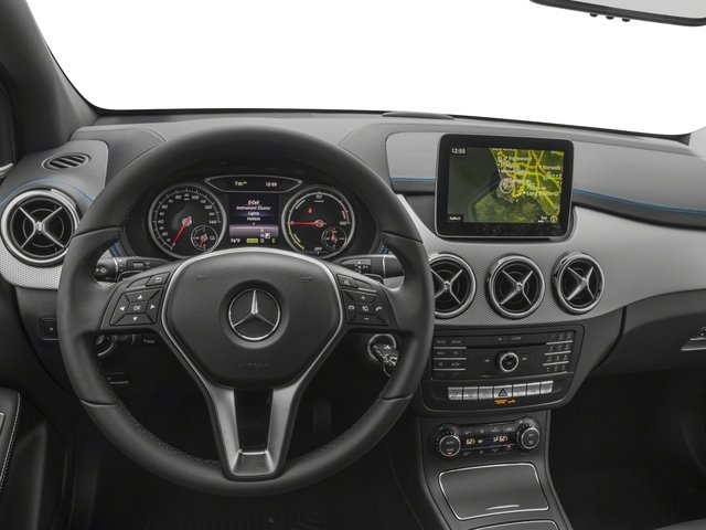 2017 Mercedes-Benz B-Class Pictures B-Class B 250e Hatchback photos driver's dashboard