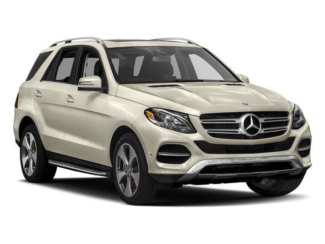 2017 Mercedes-Benz GLE Pictures GLE Utility 4D GLE350 2WD V6 photos side front view
