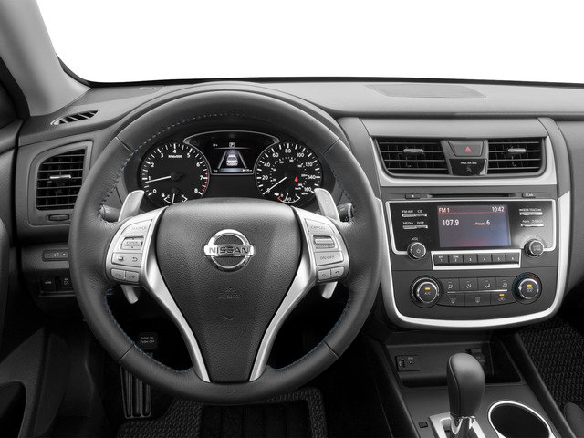 2017 Nissan Altima Pictures Altima Sedan 4D SR I4 photos driver's dashboard