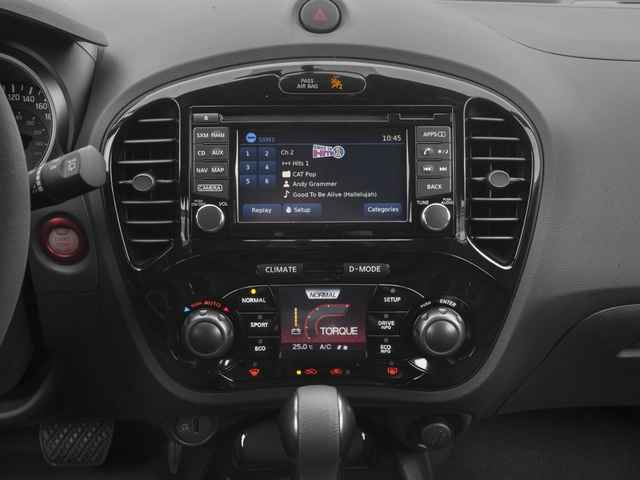 2017 Nissan JUKE Pictures JUKE AWD NISMO RS photos stereo system