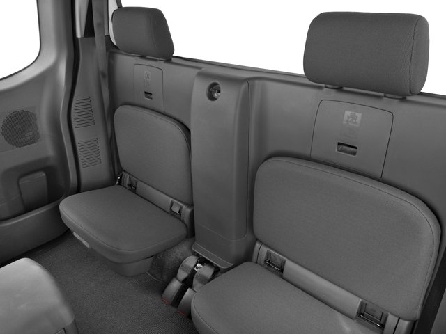 2017 Nissan Frontier Pictures Frontier King Cab S 2WD photos backseat interior