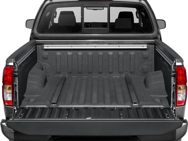 2017 Nissan Frontier Pictures Frontier King Cab 4x4 PRO-4X Auto photos open trunk
