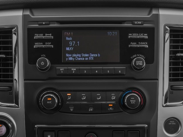 2017 Nissan Titan Pictures Titan Crew Cab SV 2WD photos stereo system