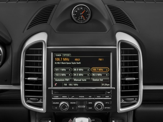 2017 Porsche Cayenne Pictures Cayenne S AWD photos stereo system