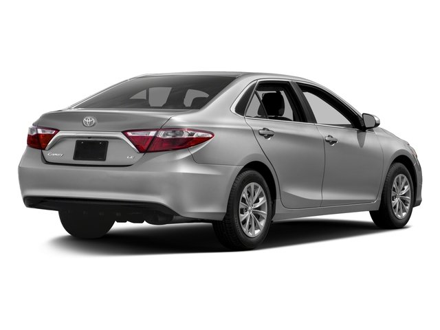 2017 Toyota Camry Pictures Camry Sedan 4D XLE I4 photos side rear view