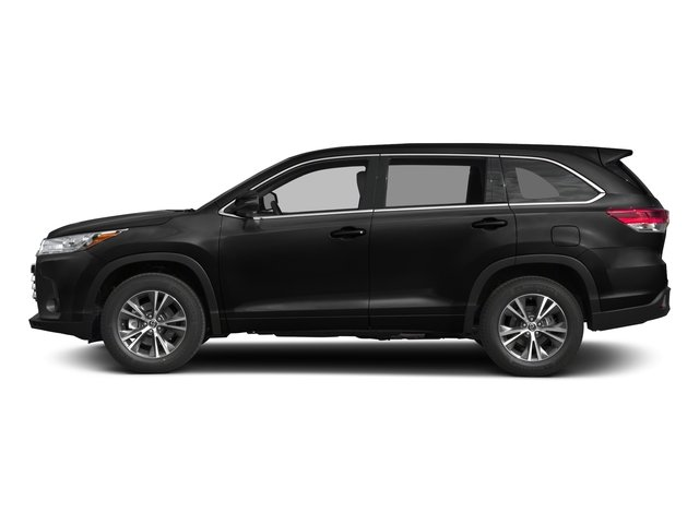 2017 Toyota Highlander Prices and Values Utility 4D LE Plus 2WD V6 side view