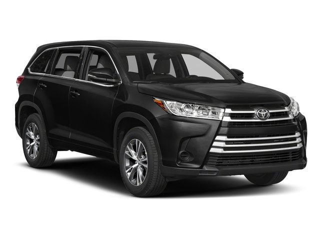 2017 Toyota Highlander Prices and Values Utility 4D LE Plus 2WD V6 side front view