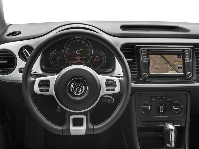 2017 Volkswagen Beetle Pictures Beetle 1.8T Classic Auto photos driver's dashboard