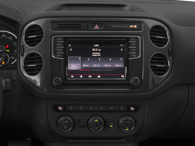 2017 Volkswagen Tiguan Pictures Tiguan 2.0T Sport FWD photos stereo system