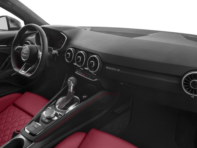 2018 Audi TTS Pictures TTS 2.0 TFSI photos passenger's dashboard