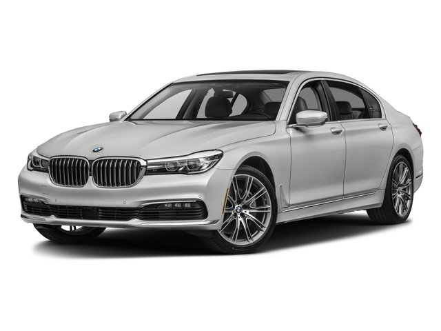 2018 BMW 7 Series Pictures 740i Sedan Photos Side Front View