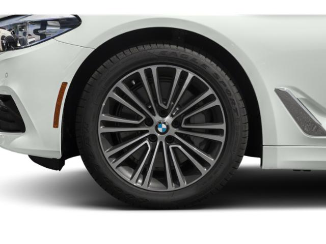 2018 BMW 5 Series Pictures 5 Series 540d xDrive Sedan photos wheel