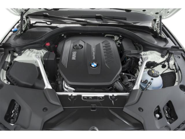 2018 BMW 5 Series Pictures 5 Series 540d xDrive Sedan photos engine