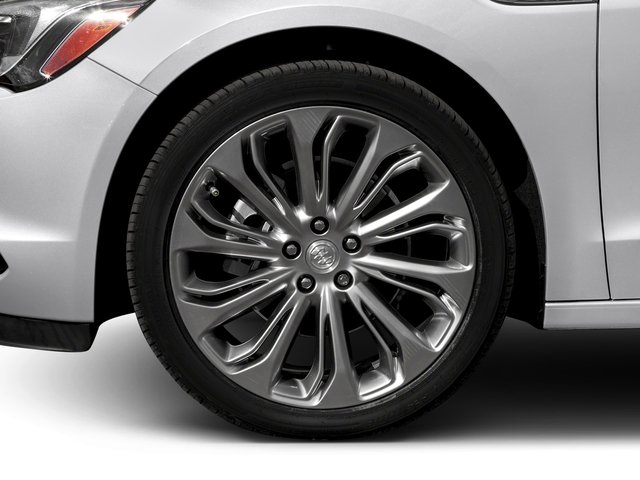 2018 Buick LaCrosse Pictures LaCrosse 4dr Sdn Avenir AWD photos wheel