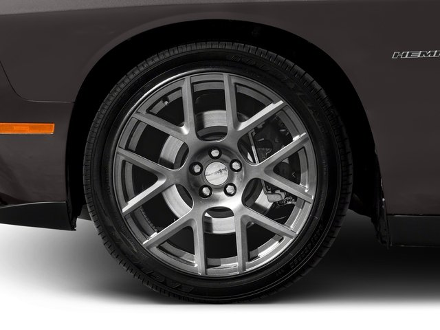 2018 Dodge Challenger Base Price T/A RWD Pricing wheel
