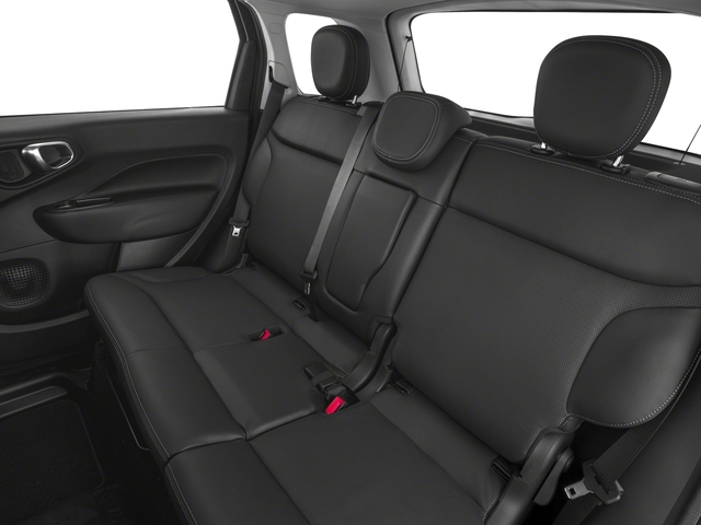 2018 FIAT 500L Pictures 500L Trekking Hatch photos backseat interior