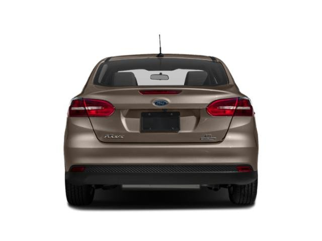 2018 Ford Focus Pictures Focus Hatchback 5D SEL photos rear view