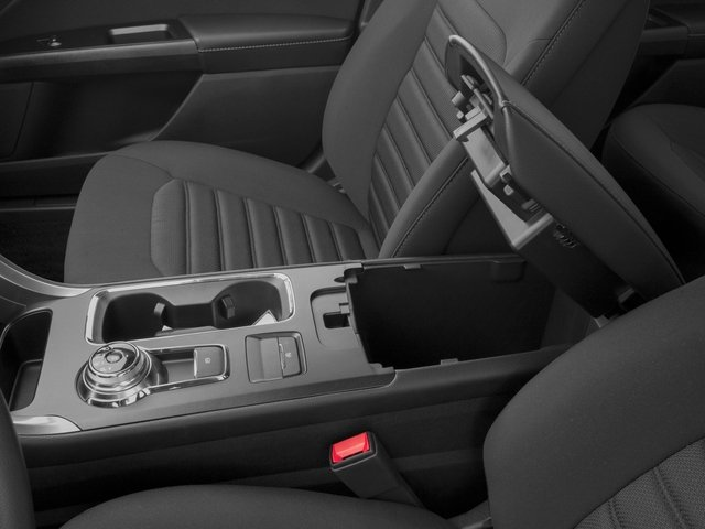 2018 Ford Fusion Pictures Fusion SE FWD photos center storage console
