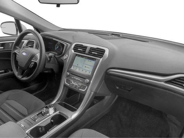 2018 Ford Fusion Pictures Fusion SE FWD photos passenger's dashboard