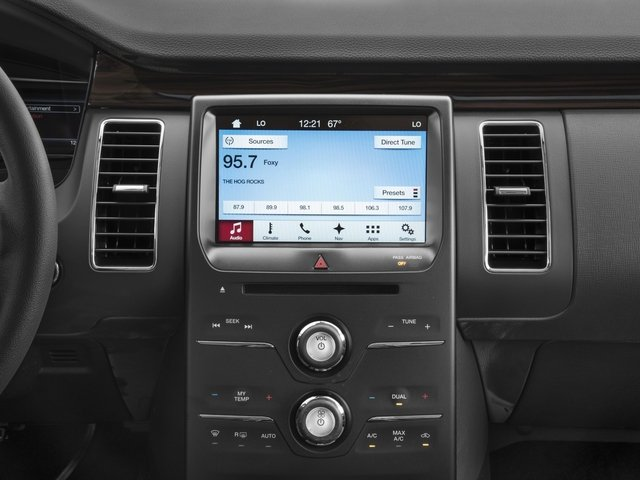 2018 Ford Flex Pictures Flex SE FWD photos stereo system