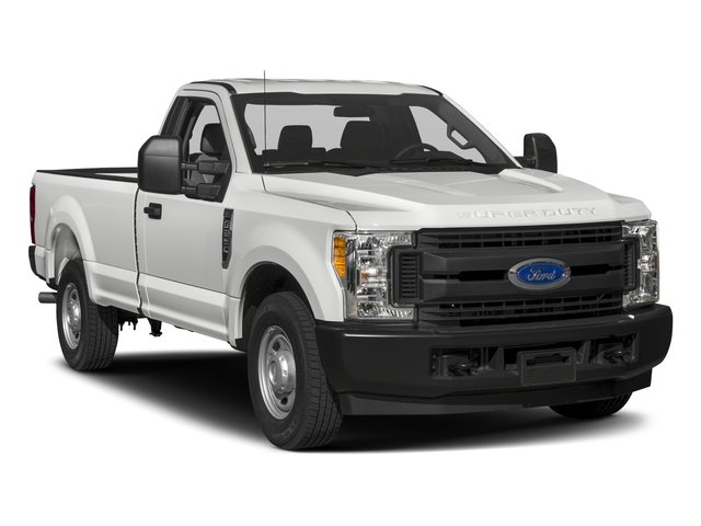 2018 Ford Super Duty F-250 SRW Pictures Super Duty F-250 SRW Regular Cab XL 4WD photos side front view