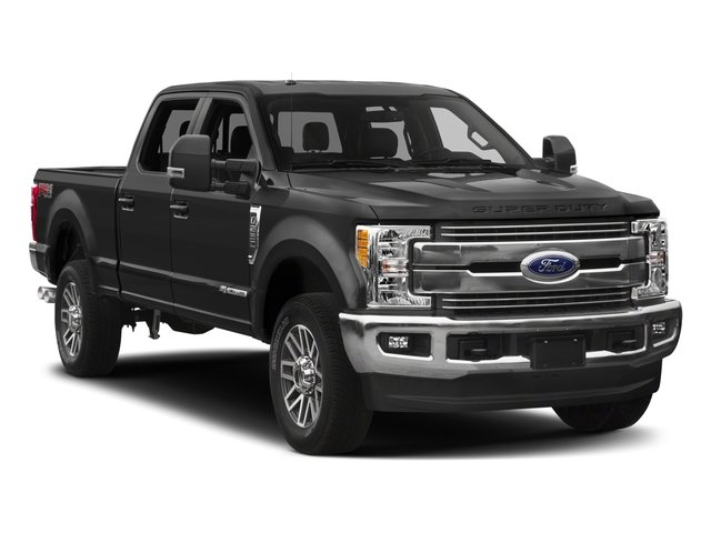 2018 Ford Super Duty F-350 SRW Base Price LARIAT 2WD Crew Cab 6.75' Box Pricing side front view