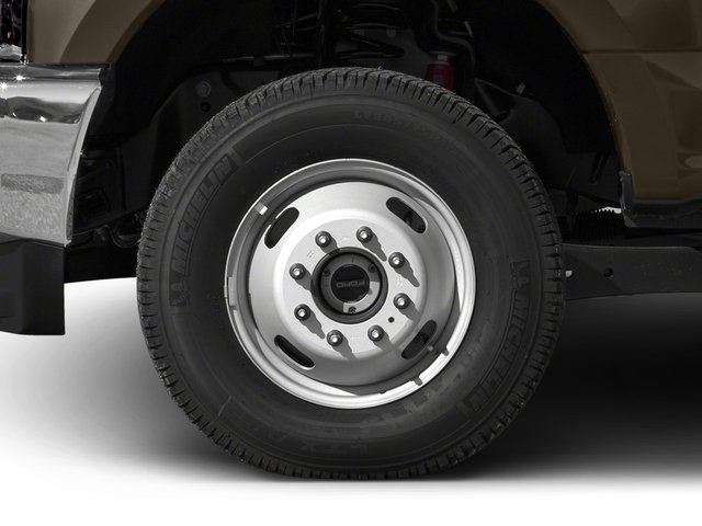 2018 Ford Super Duty F-350 DRW Prices and Values Crew Cab XLT 4WD wheel