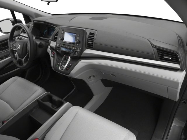 2018 Honda Odyssey Pictures Odyssey LX Auto photos passenger's dashboard