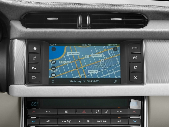 2018 Jaguar XF Pictures XF Sedan 25t Prestige AWD photos navigation system