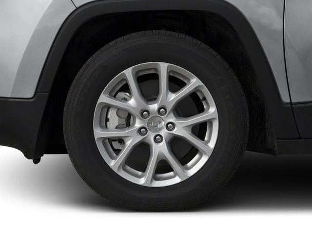 2018 Jeep Cherokee Prices and Values Utility 4D Latitude 2WD wheel