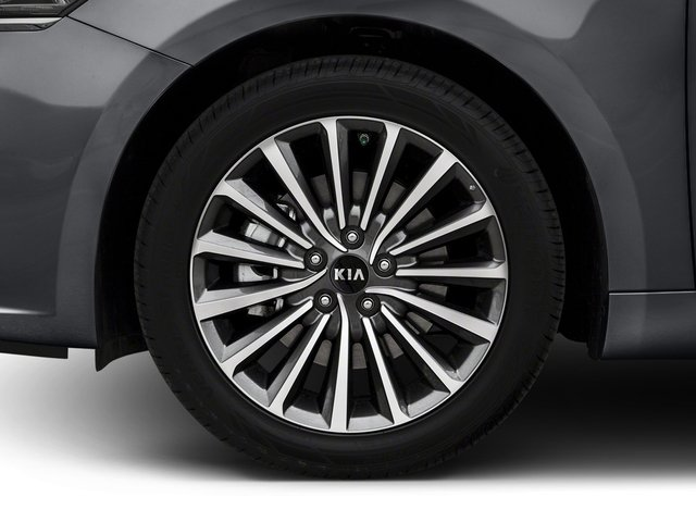 2018 Kia Cadenza Pictures Cadenza Premium Sedan photos wheel